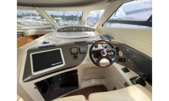 Fairline Targa 34 image 3